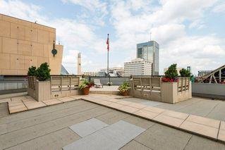 Photo 3: 302 10009 102 Avenue in Edmonton: Zone 12 Condo for sale : MLS®# E4143971