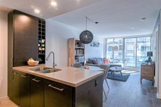 "Main Photo: 1105 833 HOMER Street in Vancouver: Downtown VW Condo for sale in ""THE ATELIER"" (Vancouver West)  : MLS®# R2345881"