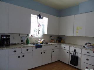 Photo 3: 230 Harris Avenue in Harris: Residential for sale : MLS®# SK762303