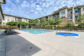 Photo 9: 107 9299 TOMICKI Avenue in Richmond: West Cambie Condo for sale : MLS®# R2352566
