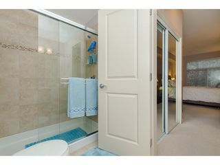 """Photo 13: 205 33338 BOURQUIN Crescent in Abbotsford: Central Abbotsford Condo for sale in """"Natures Gate"""" : MLS®# R2352973"""