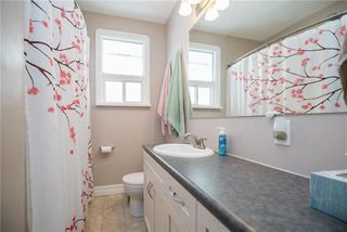 Photo 12: 366 Marshall Bay in Winnipeg: West Fort Garry Residential for sale (1Jw)  : MLS®# 1907002