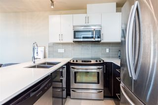 "Photo 4: 502 2689 KINGSWAY in Vancouver: Collingwood VE Condo for sale in ""SKYWAY TOWER"" (Vancouver East)  : MLS®# R2355485"