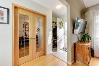 Photo 2: 10912 148 Street in Edmonton: Zone 21 House for sale : MLS®# E4151034