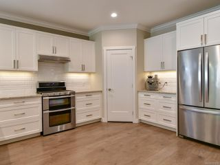 Photo 4: 27 2000 Treelane Rd in CAMPBELL RIVER: CR Campbell River West Row/Townhouse for sale (Campbell River)  : MLS®# 812235