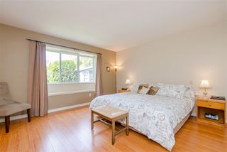 Photo 9: 5073 CENTRAL Avenue in Delta: Hawthorne House for sale (Ladner)  : MLS®# R2366882
