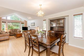 Photo 5: 5073 CENTRAL Avenue in Delta: Hawthorne House for sale (Ladner)  : MLS®# R2366882