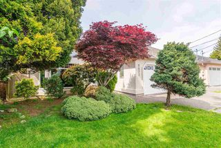 Photo 2: 5073 CENTRAL Avenue in Delta: Hawthorne House for sale (Ladner)  : MLS®# R2366882