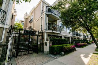 "Main Photo: 309 680 7TH Avenue in Vancouver: Fairview VW Townhouse for sale in ""LIBERTE"" (Vancouver West)  : MLS®# R2369032"