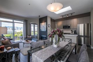 """Photo 6: 309 680 7TH Avenue in Vancouver: Fairview VW Townhouse for sale in """"LIBERTE"""" (Vancouver West)  : MLS®# R2369032"""