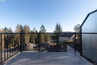 Photo 9: 2223 Echo Valley Rise in VICTORIA: La Bear Mountain Row/Townhouse for sale (Langford)  : MLS®# 411255