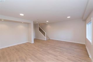 Photo 13: 2223 Echo Valley Rise in VICTORIA: La Bear Mountain Row/Townhouse for sale (Langford)  : MLS®# 411255