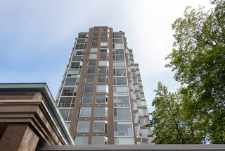 "Photo 20: 1801 2668 ASH Street in Vancouver: Fairview VW Condo for sale in ""Cambridge Garden"" (Vancouver West)  : MLS®# R2381106"