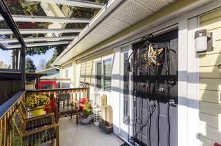 """Photo 19: 271 TOMAHAWK Avenue in West Vancouver: Park Royal Manufactured Home for sale in """"Capilano Mobile Home Park"""" : MLS®# R2381245"""