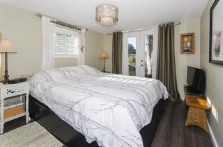 """Photo 12: 271 TOMAHAWK Avenue in West Vancouver: Park Royal Manufactured Home for sale in """"Capilano Mobile Home Park"""" : MLS®# R2381245"""