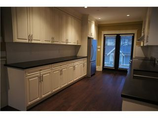 Photo 4: 1832 GREER Ave in Vancouver West: Home for sale : MLS®# V981196