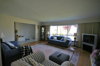 Photo 3: 2388 Oliver Crescent in Vancouver: Home for sale : MLS®# v790352