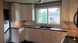 Photo 8: 16707 94 Avenue in Edmonton: Zone 22 House for sale : MLS®# E4172805