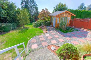 Photo 8: 4136 SOUTHWOOD STREET in Burnaby: South Slope House for sale (Burnaby South)  : MLS®# R2348909