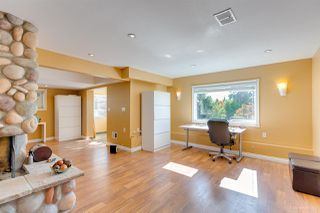Photo 12: 4136 SOUTHWOOD STREET in Burnaby: South Slope House for sale (Burnaby South)  : MLS®# R2348909