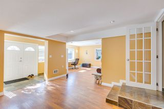 Photo 13: 4136 SOUTHWOOD STREET in Burnaby: South Slope House for sale (Burnaby South)  : MLS®# R2348909