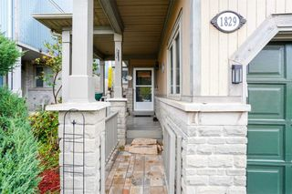 Photo 1: 1829 Stevington Crescent in Mississauga: Meadowvale Village House (2-Storey) for lease : MLS®# W4622513
