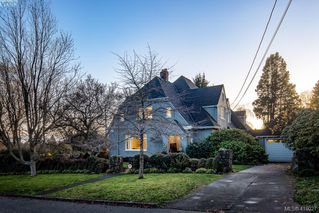 Photo 2: 2809 Burdick Ave in VICTORIA: OB Estevan Single Family Detached for sale (Oak Bay)  : MLS®# 829333