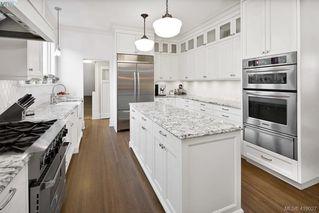 Photo 8: 2809 Burdick Ave in VICTORIA: OB Estevan Single Family Detached for sale (Oak Bay)  : MLS®# 829333