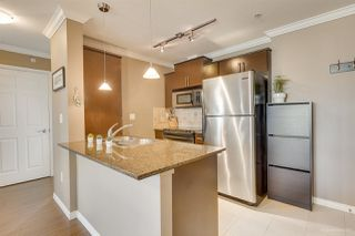 "Photo 4: 4016 84 GRANT Street in Port Moody: Port Moody Centre Condo for sale in ""THE LIGHTHOUSE"" : MLS®# R2438756"
