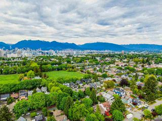 Photo 11: 836 W 22ND AVENUE in Vancouver: Cambie House for sale (Vancouver West)  : MLS®# R2455356