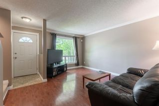 Photo 3: 29 EDGEBURN Crescent NW in Calgary: Edgemont Detached for sale : MLS®# A1012030