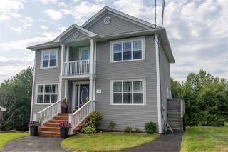 Photo 1: 17 Olive Avenue in Bedford: 20-Bedford Residential for sale (Halifax-Dartmouth)  : MLS®# 202014532