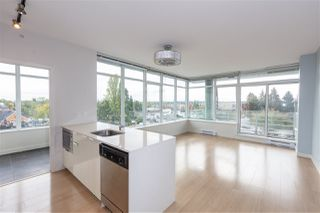 """Photo 2: 702 2788 PRINCE EDWARD Street in Vancouver: Mount Pleasant VE Condo for sale in """"Uptown"""" (Vancouver East)  : MLS®# R2509193"""