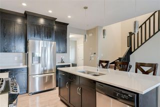 Photo 6: 5 SHERWOOD Road NW in Calgary: Sherwood Detached for sale : MLS®# A1042842