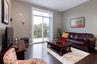Photo 3: 111 2428 NILE Gate in Port Coquitlam: Riverwood Townhouse for sale : MLS®# R2517702