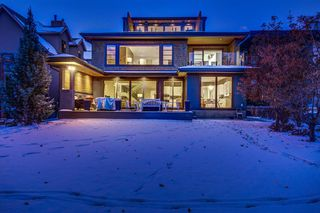 Photo 2: 416 Roxboro Road SW in Calgary: Roxboro Detached for sale : MLS®# A1048978