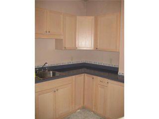 Photo 3: 236 MANDEVILLE Street in WINNIPEG: St James Residential for sale (West Winnipeg)  : MLS®# 1106062