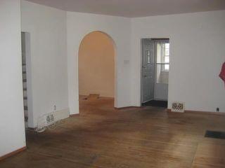 Photo 5: 236 MANDEVILLE Street in WINNIPEG: St James Residential for sale (West Winnipeg)  : MLS®# 1106062