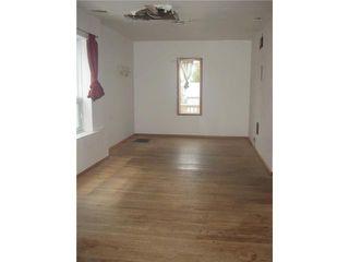 Photo 6: 236 MANDEVILLE Street in WINNIPEG: St James Residential for sale (West Winnipeg)  : MLS®# 1106062