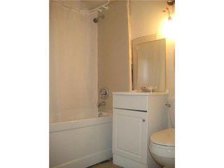 Photo 9: 236 MANDEVILLE Street in WINNIPEG: St James Residential for sale (West Winnipeg)  : MLS®# 1106062