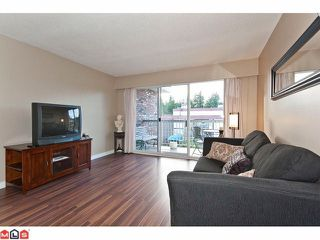 "Photo 6: 309 1520 BLACKWOOD Street: White Rock Condo for sale in ""Blue Surf"" (South Surrey White Rock)  : MLS®# F1128093"