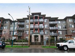 Main Photo: 412 2336 Whyte ave in : Central Pt Coquitlam Condo  (Port Coquitlam)  : MLS®# V1001387