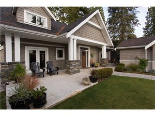 "Photo 2: 1128 TALL TREE Lane in North Vancouver: Canyon Heights NV House for sale in ""CANYON HEIGHTS"" : MLS®# V1043343"