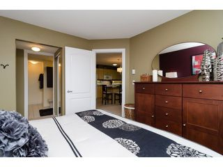"Photo 11: 302 20237 54TH Avenue in Langley: Langley City Condo for sale in ""AVANTE"" : MLS®# F1415338"