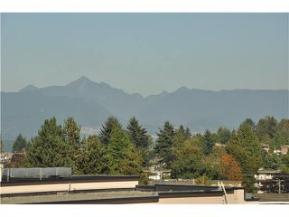 "Photo 4: 702 7225 ACORN Avenue in Burnaby: Highgate Condo for sale in ""AXIS"" (Burnaby South)  : MLS®# V1087439"