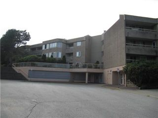 "Photo 1: 213 9632 120A Street in Surrey: Cedar Hills Condo for sale in ""CHANDLERS HILL"" (North Surrey)  : MLS®# F1424538"