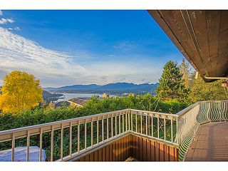 "Photo 2: 7265 RIDGEVIEW Drive in Burnaby: Westridge BN House for sale in ""WESTRIDGE"" (Burnaby North)  : MLS®# V1093949"