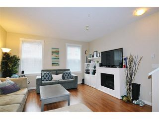 "Photo 3: 85 19572 FRASER Way in Pitt Meadows: South Meadows Townhouse for sale in ""COHO II"" : MLS®# V1102584"