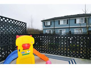 "Photo 12: 85 19572 FRASER Way in Pitt Meadows: South Meadows Townhouse for sale in ""COHO II"" : MLS®# V1102584"