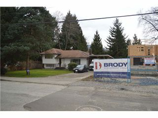 Photo 3: 1562 E KEITH Road in NORTH VANC: Lynnmour Home for sale (North Vancouver)  : MLS®# V1107033